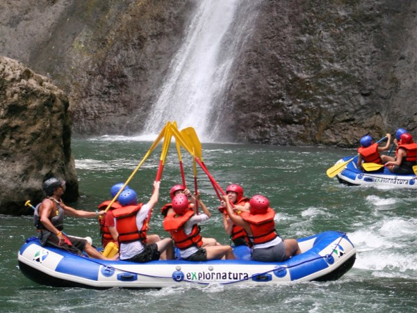 River Rafting Tours in Cost Rica